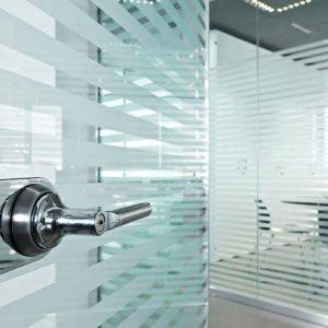 Puertas de vidrio para oficinas
